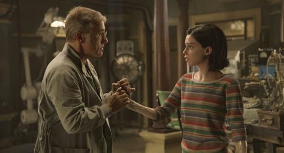 等了20年的《阿丽塔》,能成为好莱坞改编日漫的标杆吗?